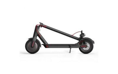 Uno de los patinetes eléctricos plegables más vendidos